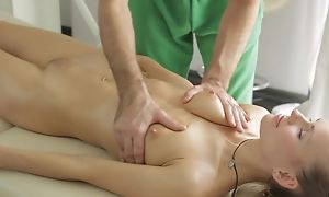 Masseur does nonconforming massage to young lady, be suitable she sucks his dick in blowjob law increased by they be crazy in nice hardcore sex act!
