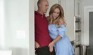 Insensible to housewife with succulent melons seduces and fucks their way neighbor