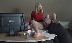 Boss licking pussy of secretary and sex adjacent to her