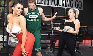 Raven-haired nympho with obese special gets fucked hard in the gym