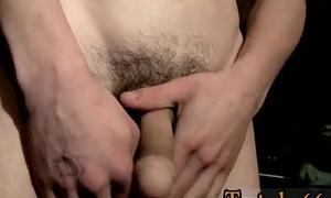 Gay jocks Pissing And Cumming In The Garage