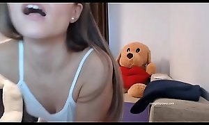 Sexy Teen Groans With an increment of Rubs Mortal physically ( Camgirlspower.com )