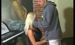 JuliaReaves-Olivia - Teens Spezial 1 - scene 3 - sheet 1 oral X fingering hot bigtits