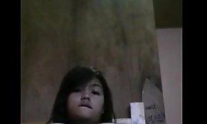 Filipina teen masturbate aloft web camera