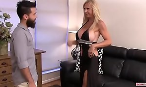 Be in charge Full-grown Wife Cheat On Her Husband With A Teenager Part 1
