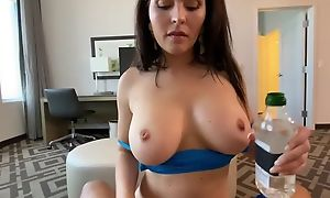 Sporty MILF with pustule can gets screwed relative to POV