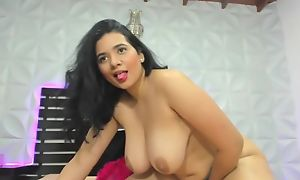 Amazing solo! Dark-haired BBW exposes her big natural titties