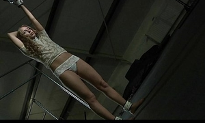 Crispy na�ve blonde Mary Dream hard bdsm training