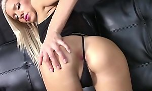 Petite Teen Kacey Jordan Gets Pest Fucked For First Time!